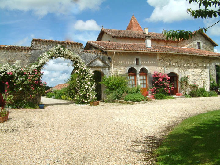 Luxury gite the Petit Chateau external