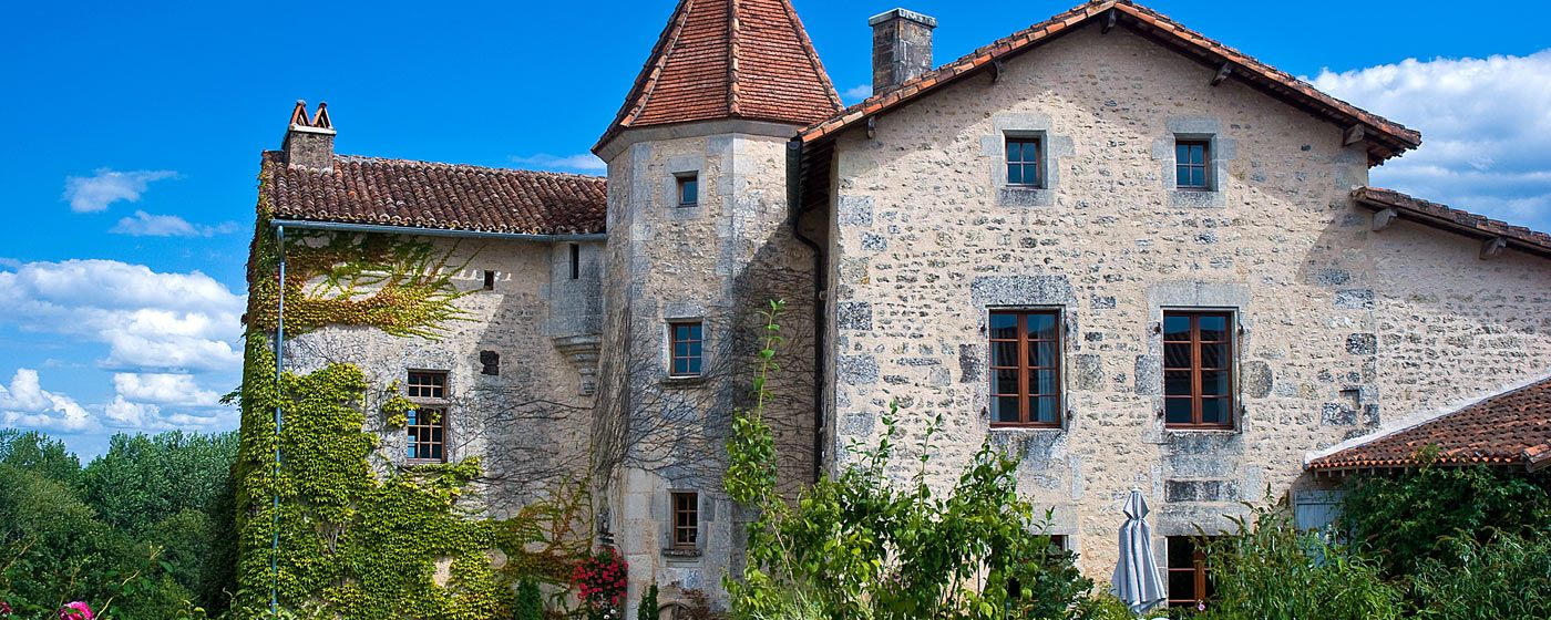 Family friendly holiday cottages in France