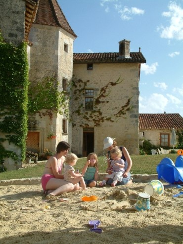 Baby friendly holidays in SW France
